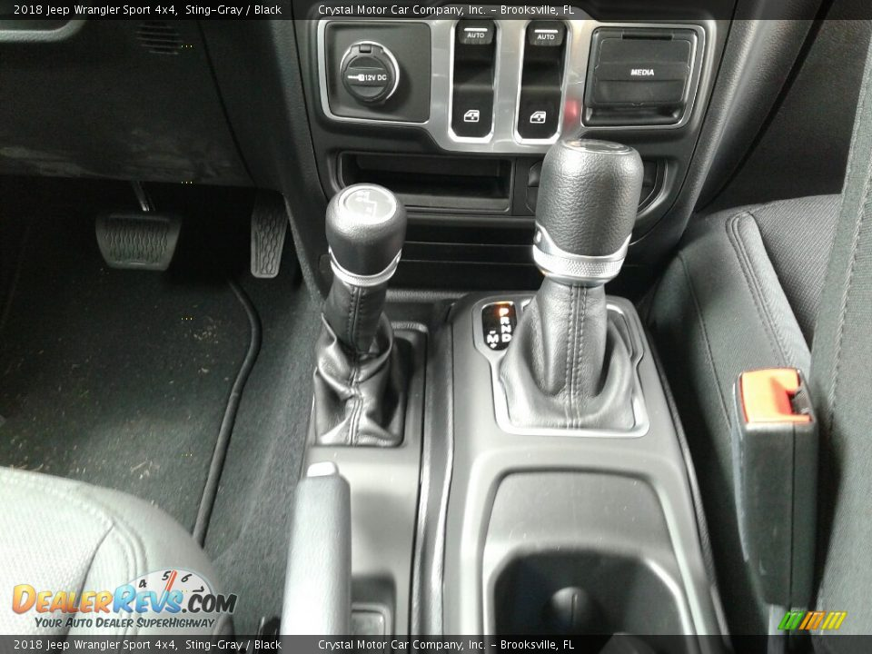 2018 Jeep Wrangler Sport 4x4 Shifter Photo #16