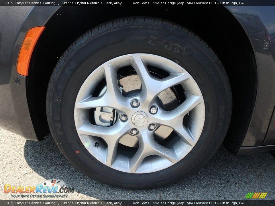 2019 Chrysler Pacifica Touring L Granite Crystal Metallic / Black/Alloy Photo #9