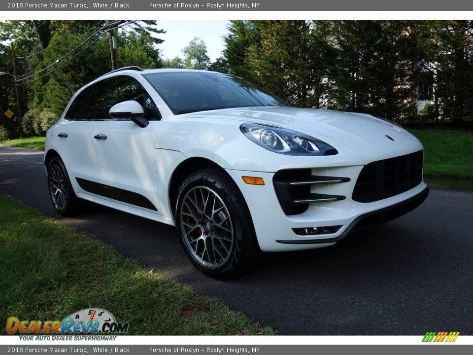2018 Porsche Macan Turbo White / Black Photo #1