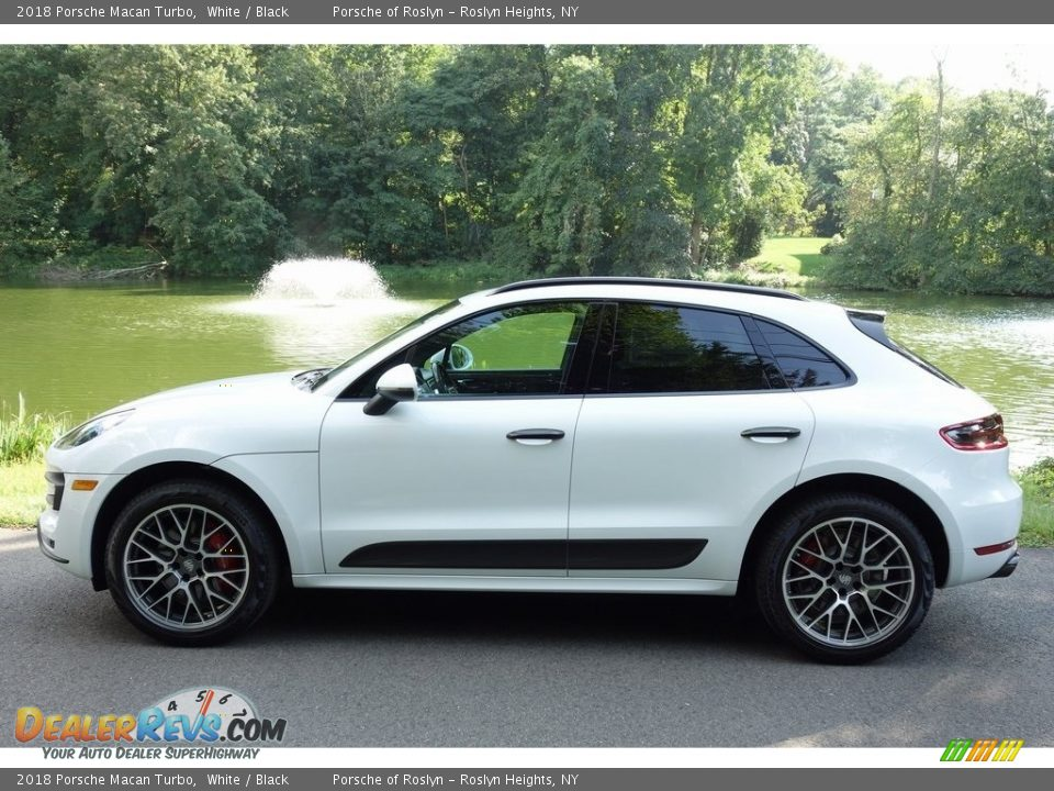 2018 Porsche Macan Turbo White / Black Photo #7