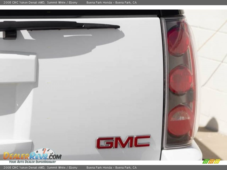 2008 GMC Yukon Denali AWD Summit White / Ebony Photo #12