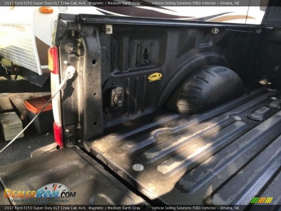 2017 Ford F250 Super Duty XLT Crew Cab 4x4 Magnetic / Medium Earth Gray Photo #7