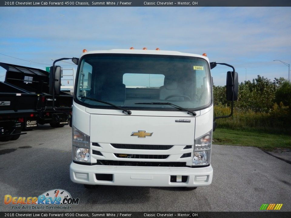 Summit White 2018 Chevrolet Low Cab Forward 4500 Chassis Photo #2