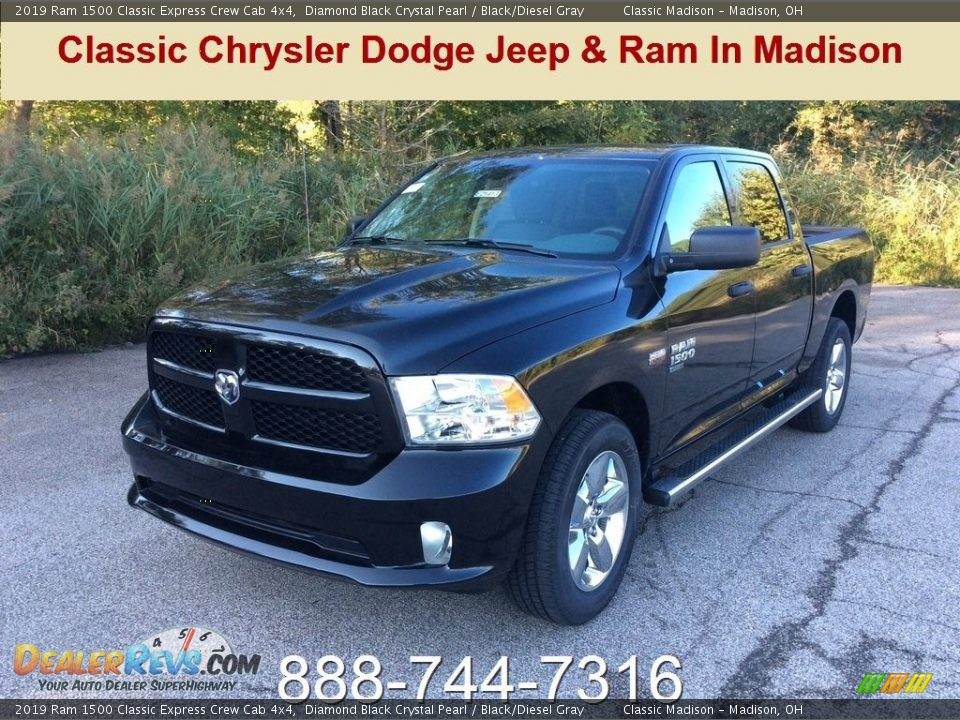 2019 Ram 1500 Classic Express Crew Cab 4x4 Diamond Black Crystal Pearl / Black/Diesel Gray Photo #1