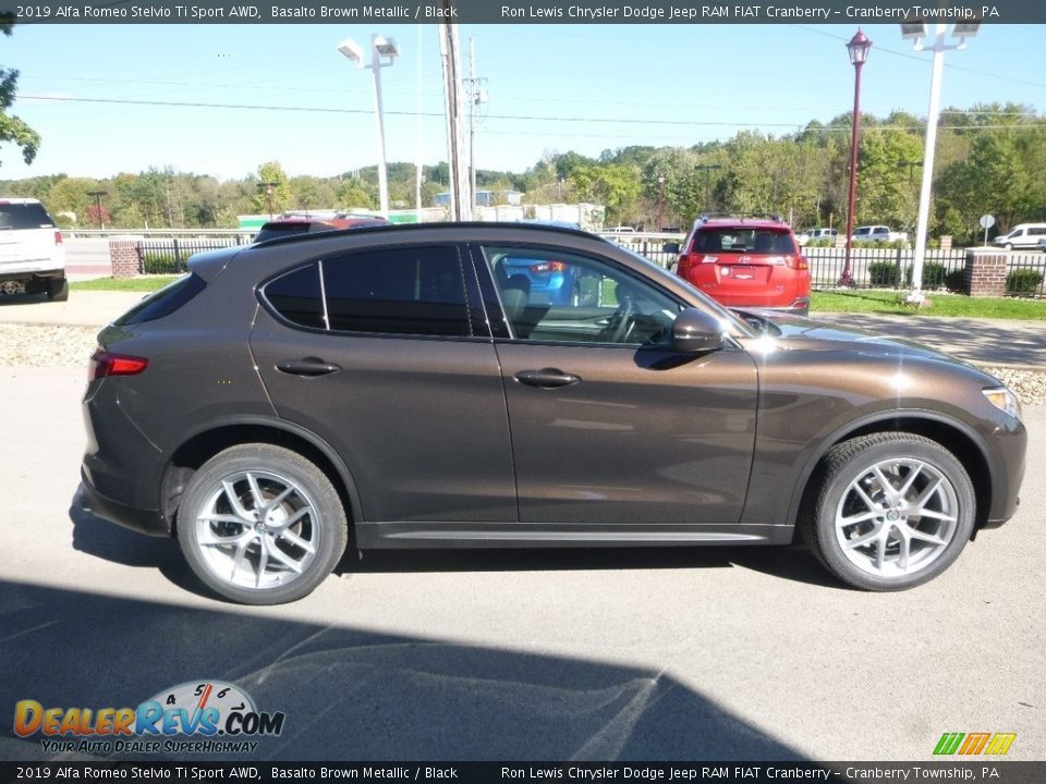 Basalto Brown Metallic 2019 Alfa Romeo Stelvio Ti Sport AWD Photo #7