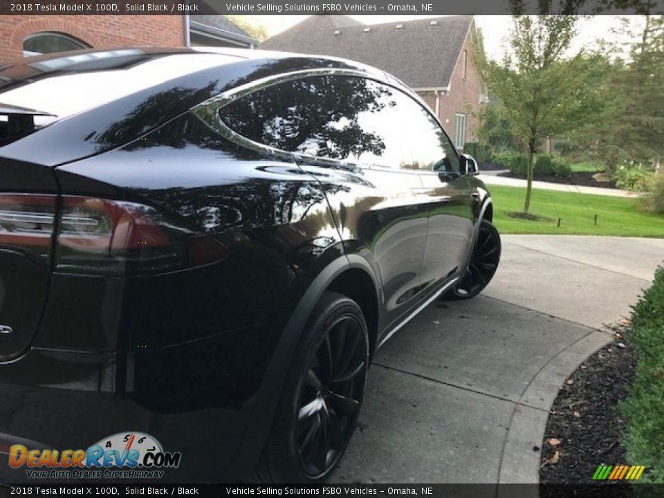2018 Tesla Model X 100D Solid Black / Black Photo #21