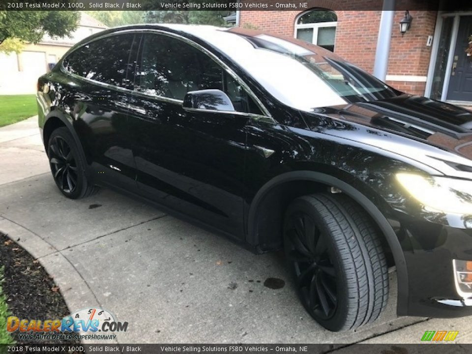 2018 Tesla Model X 100D Solid Black / Black Photo #22