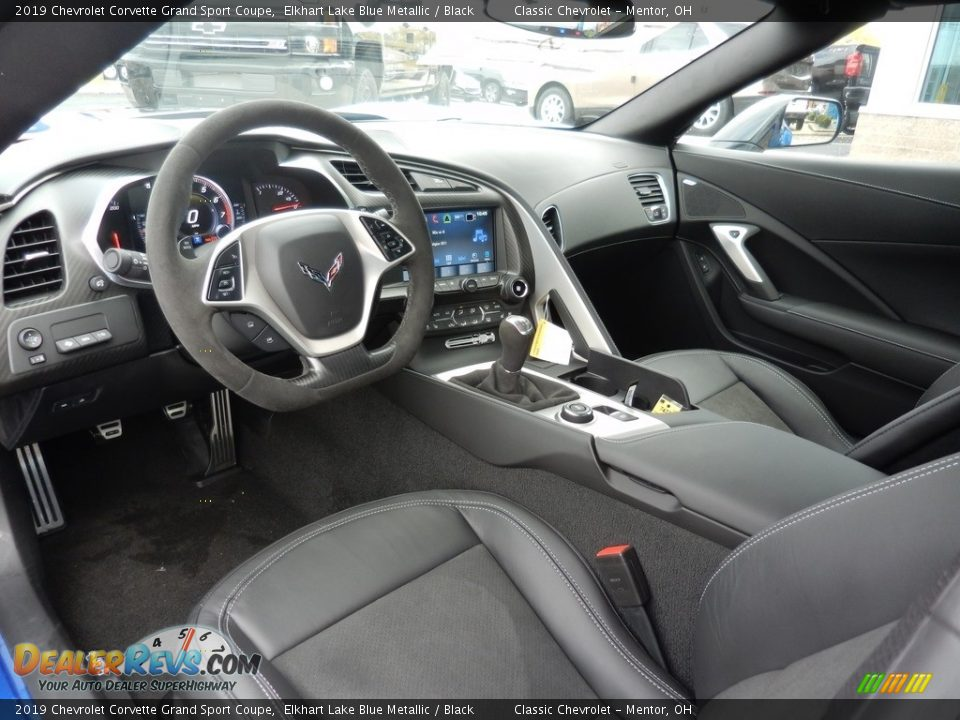 Front Seat of 2019 Chevrolet Corvette Grand Sport Coupe Photo #6