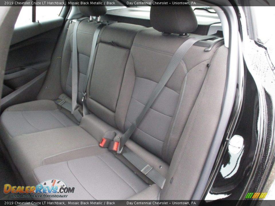 2019 Chevrolet Cruze LT Hatchback Mosaic Black Metallic / Black Photo #7