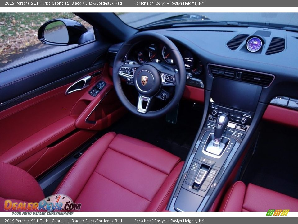 Controls of 2019 Porsche 911 Turbo Cabriolet Photo #14