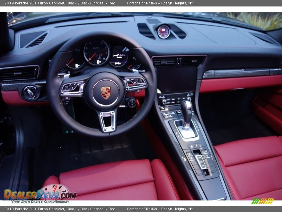 2019 Porsche 911 Turbo Cabriolet Steering Wheel Photo #17