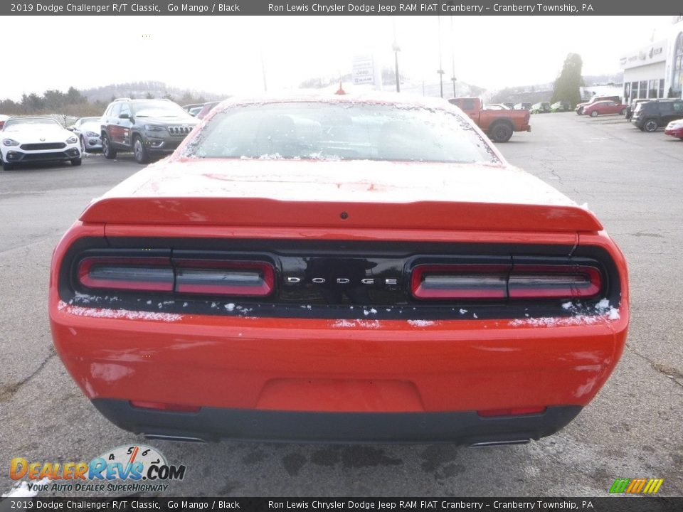 2019 Dodge Challenger R/T Classic Go Mango / Black Photo #5
