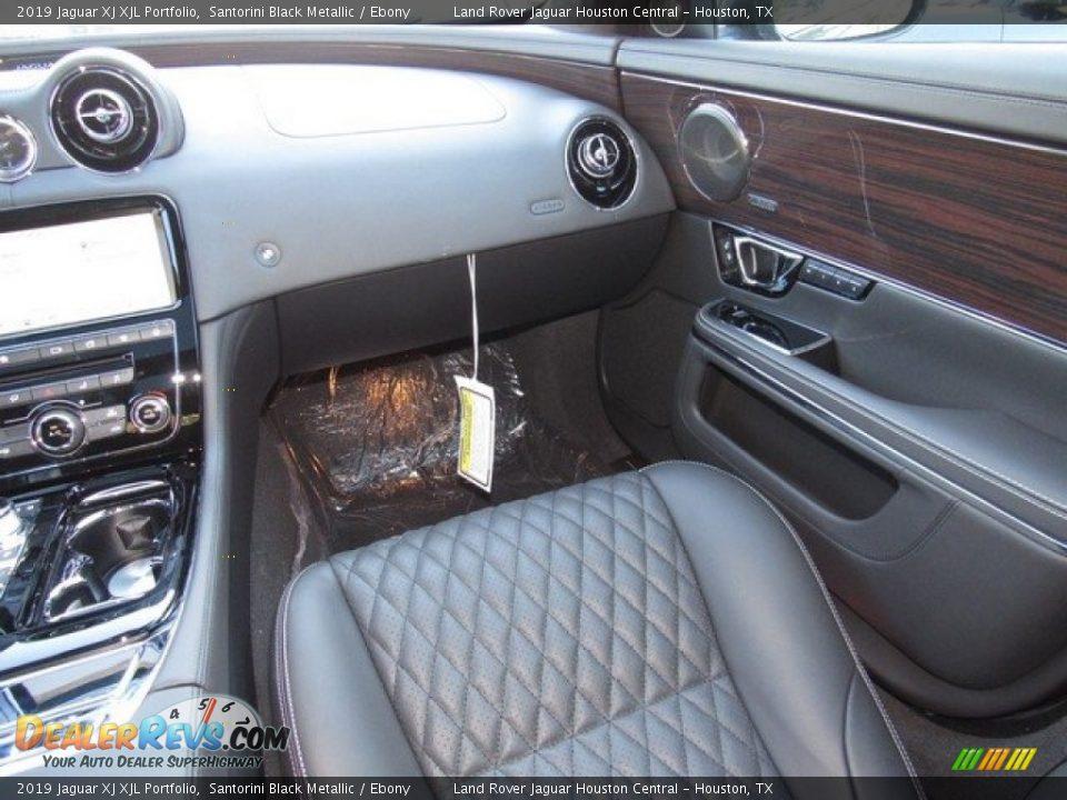 Front Seat of 2019 Jaguar XJ XJL Portfolio Photo #15