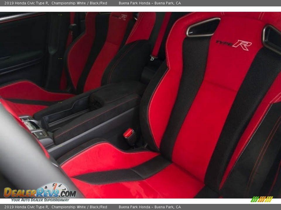 Front Seat of 2019 Honda Civic Type R Photo #25
