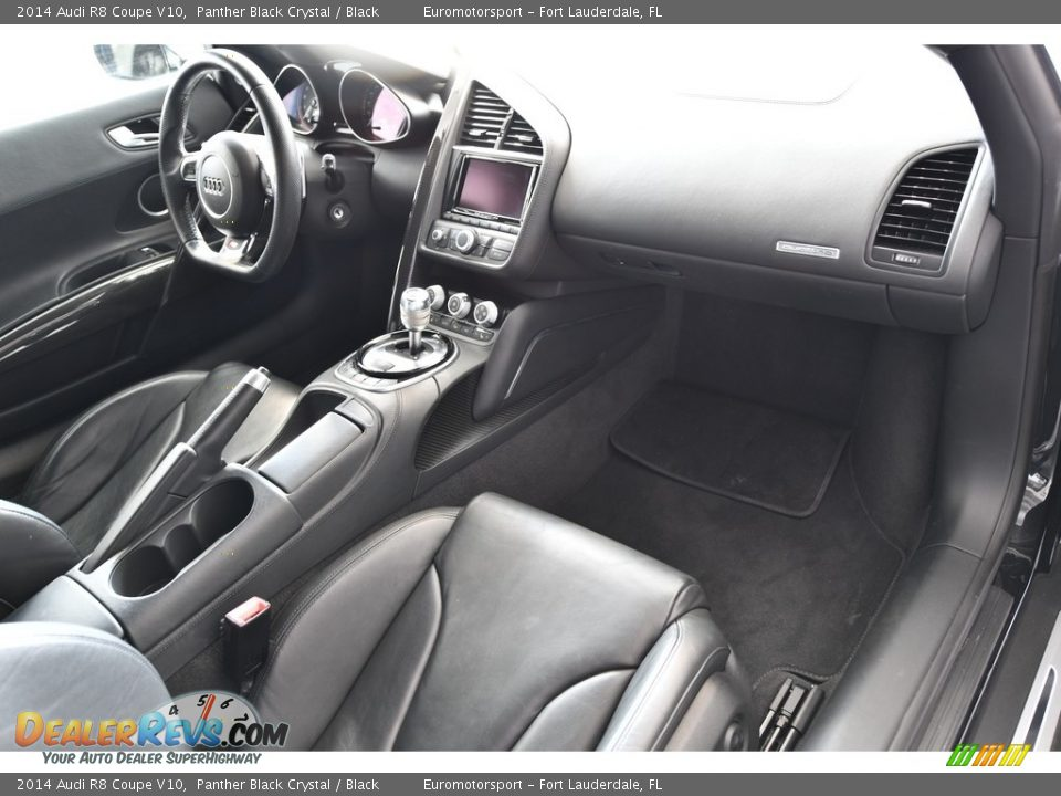 Dashboard of 2014 Audi R8 Coupe V10 Photo #23
