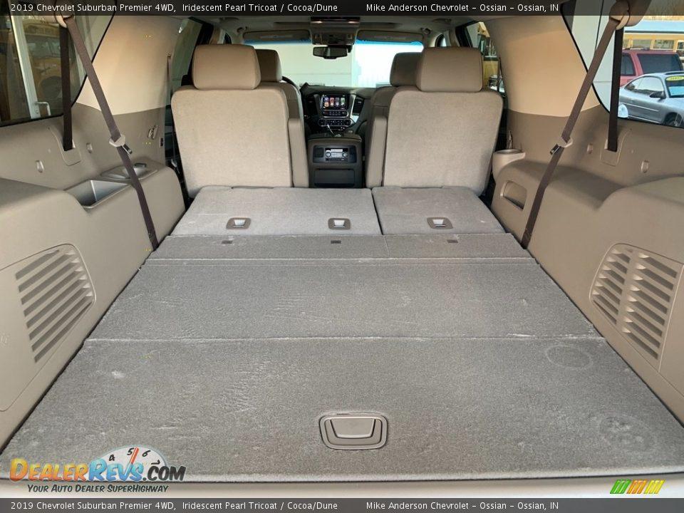 2019 Chevrolet Suburban Premier 4WD Iridescent Pearl Tricoat / Cocoa/Dune Photo #31