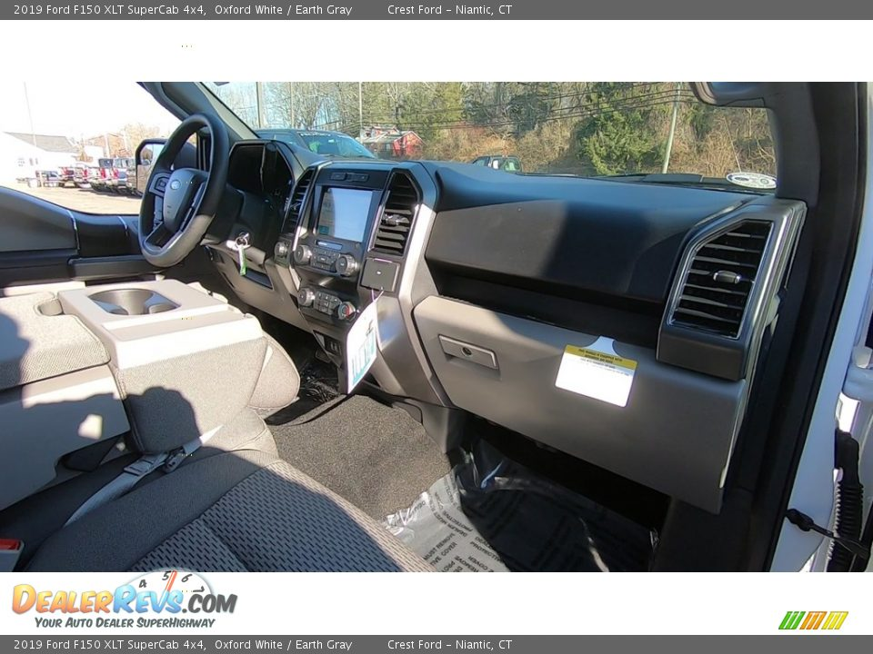 2019 Ford F150 XLT SuperCab 4x4 Oxford White / Earth Gray Photo #24