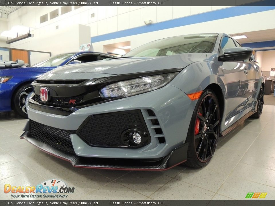 2019 Honda Civic Type R Sonic Gray Pearl / Black/Red Photo #1