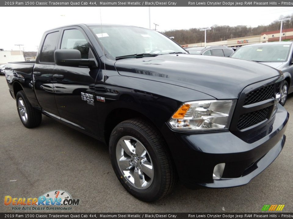 2019 Ram 1500 Classic Tradesman Quad Cab 4x4 Maximum Steel Metallic / Black/Diesel Gray Photo #8