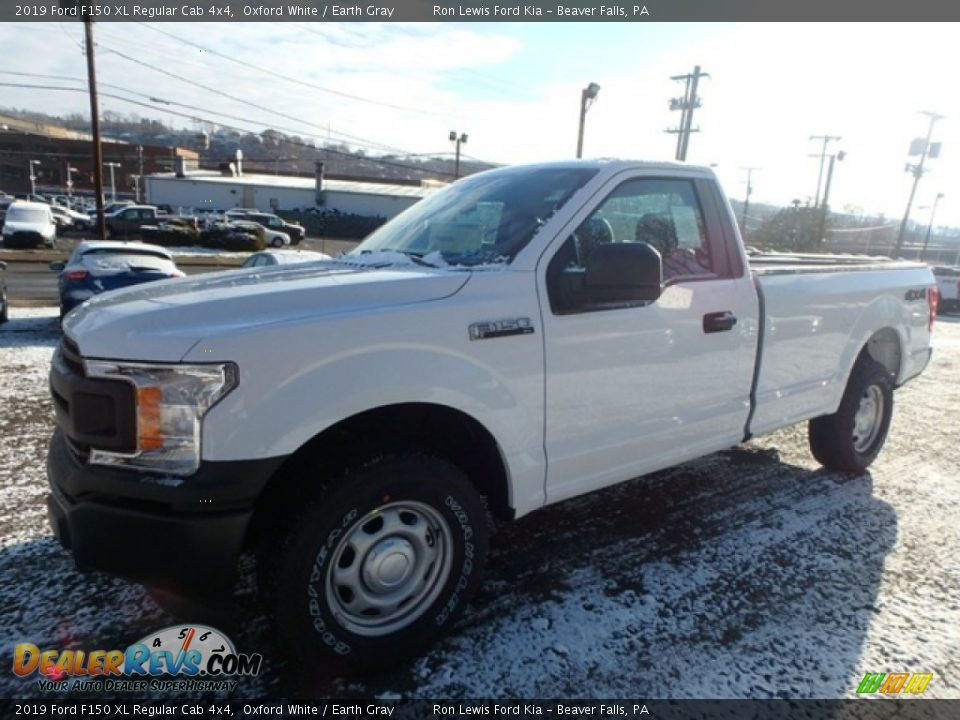 2019 Ford F150 XL Regular Cab 4x4 Oxford White / Earth Gray Photo #8