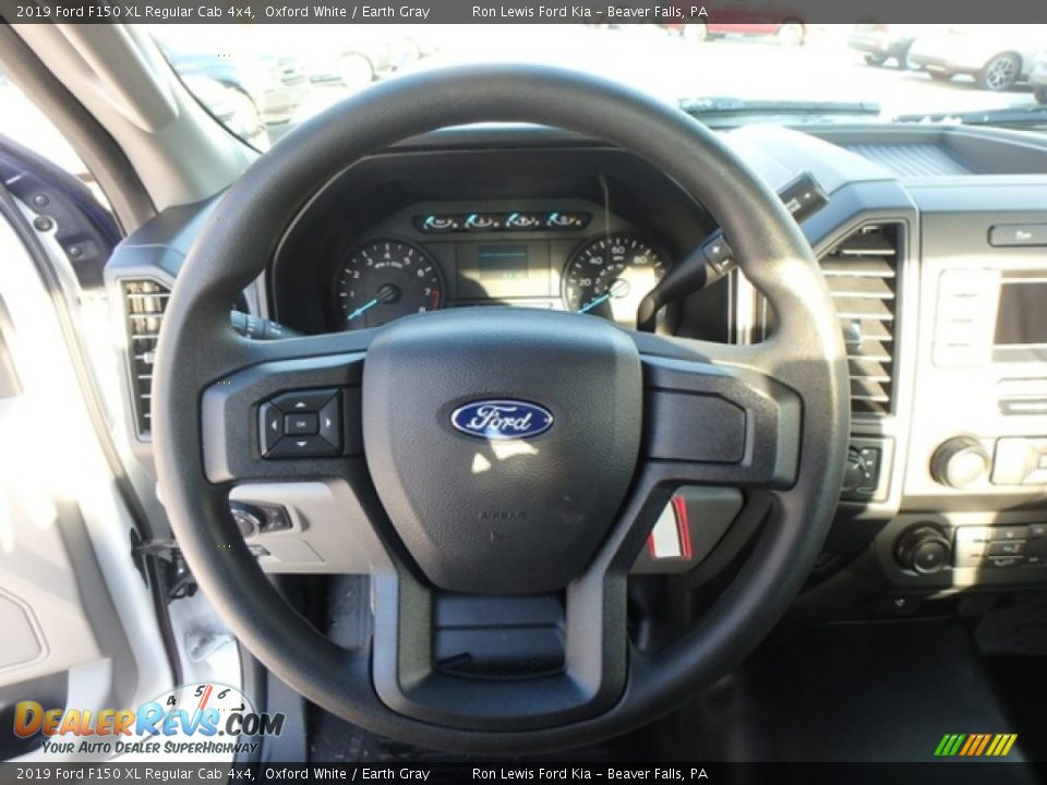 2019 Ford F150 XL Regular Cab 4x4 Oxford White / Earth Gray Photo #17