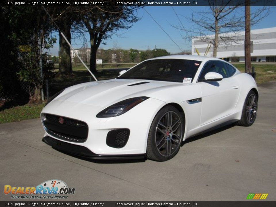 Front 3/4 View of 2019 Jaguar F-Type R-Dynamic Coupe Photo #10