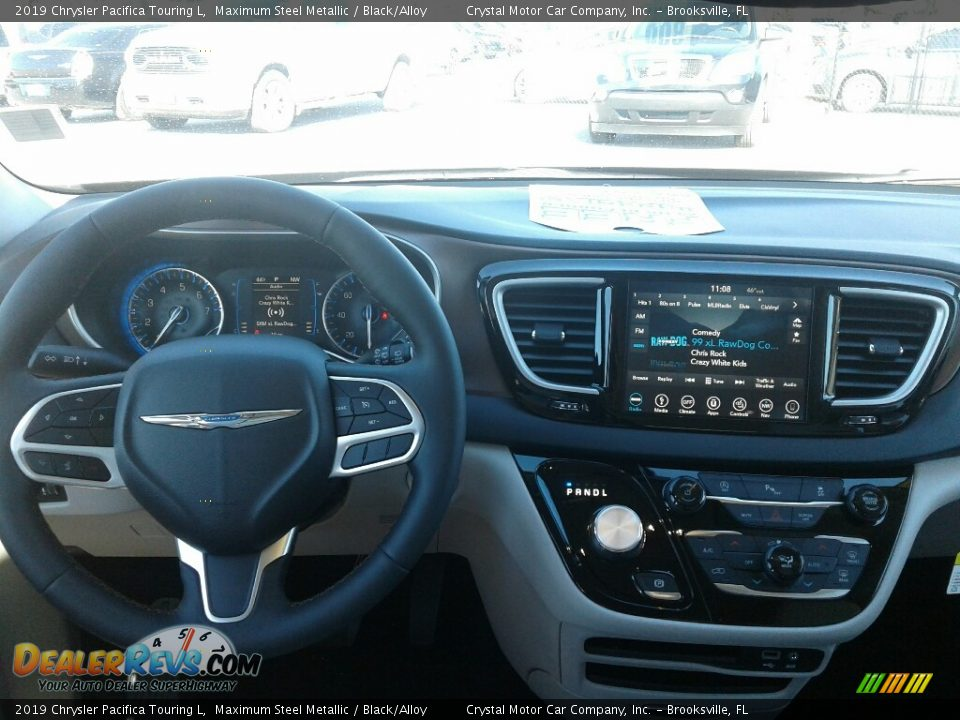 Dashboard of 2019 Chrysler Pacifica Touring L Photo #13