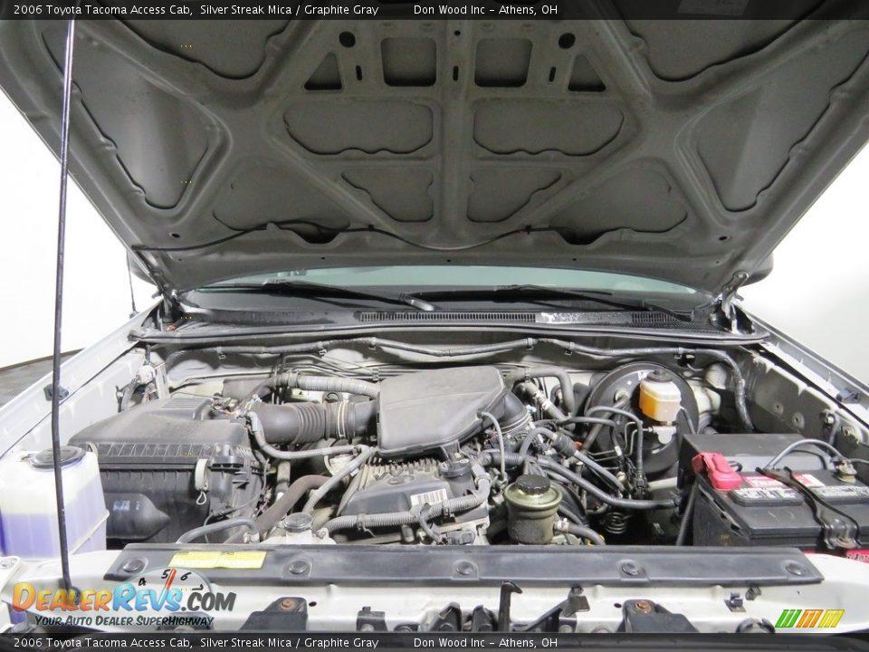 2006 Toyota Tacoma Access Cab Silver Streak Mica / Graphite Gray Photo #6