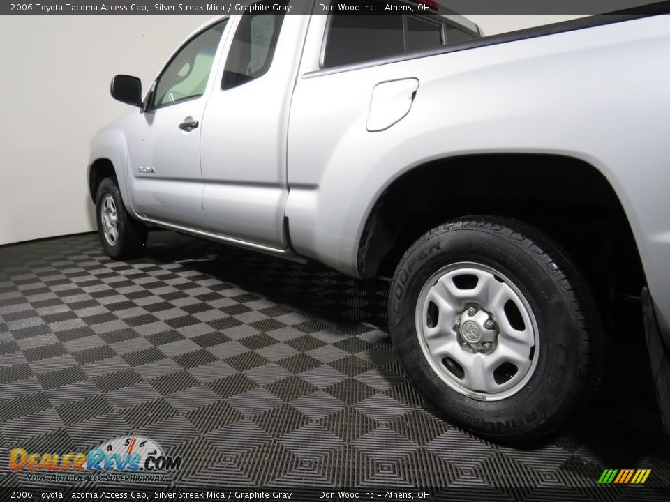 2006 Toyota Tacoma Access Cab Silver Streak Mica / Graphite Gray Photo #10