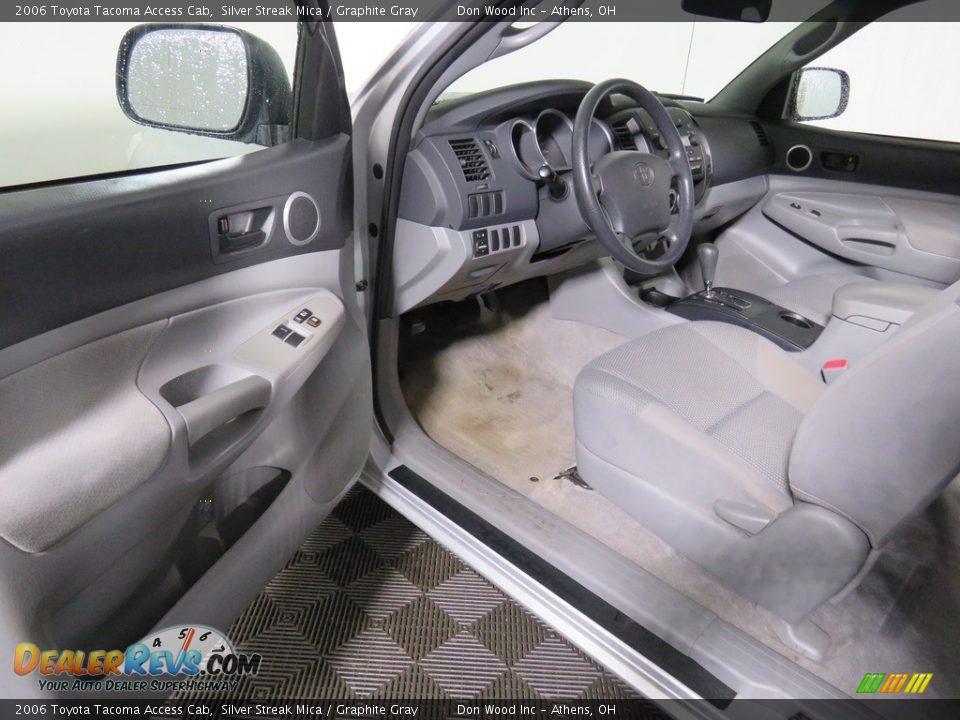 2006 Toyota Tacoma Access Cab Silver Streak Mica / Graphite Gray Photo #26