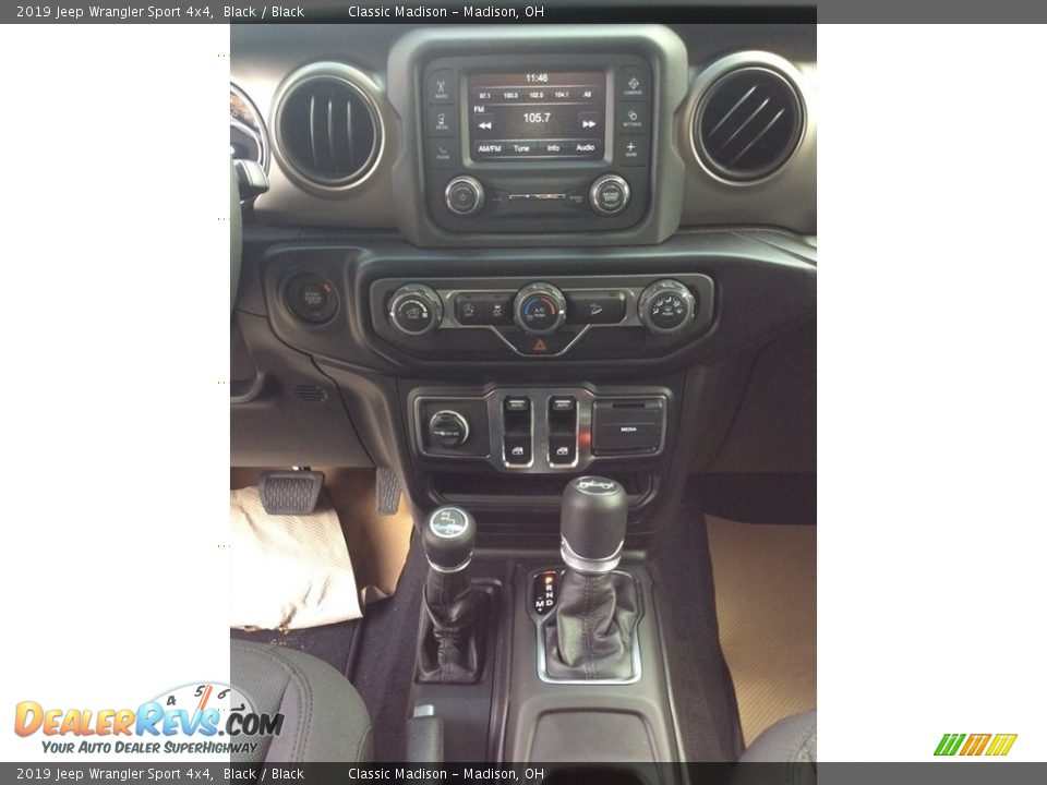 2019 Jeep Wrangler Sport 4x4 Black / Black Photo #13