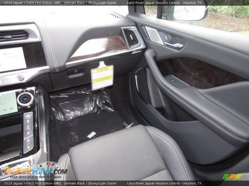 2019 Jaguar I-PACE First Edition AWD Ultimate Black / Ebony/Light Oyster Photo #15