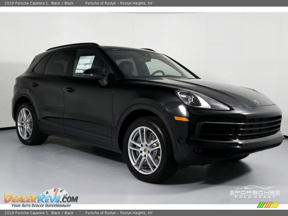 2019 Porsche Cayenne S Black / Black Photo #1