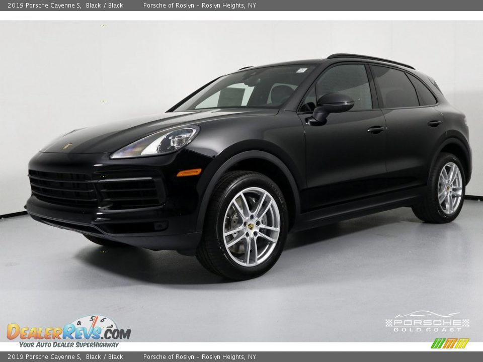 2019 Porsche Cayenne S Black / Black Photo #5
