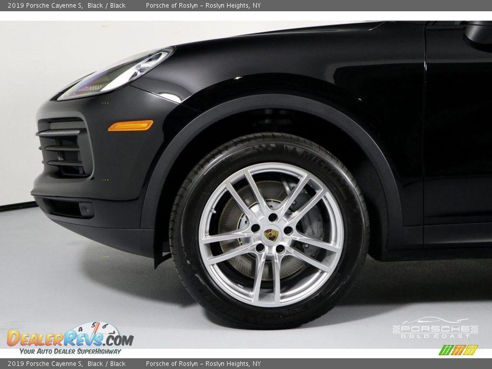 2019 Porsche Cayenne S Black / Black Photo #13