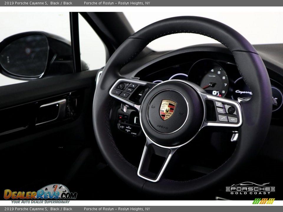 2019 Porsche Cayenne S Black / Black Photo #17