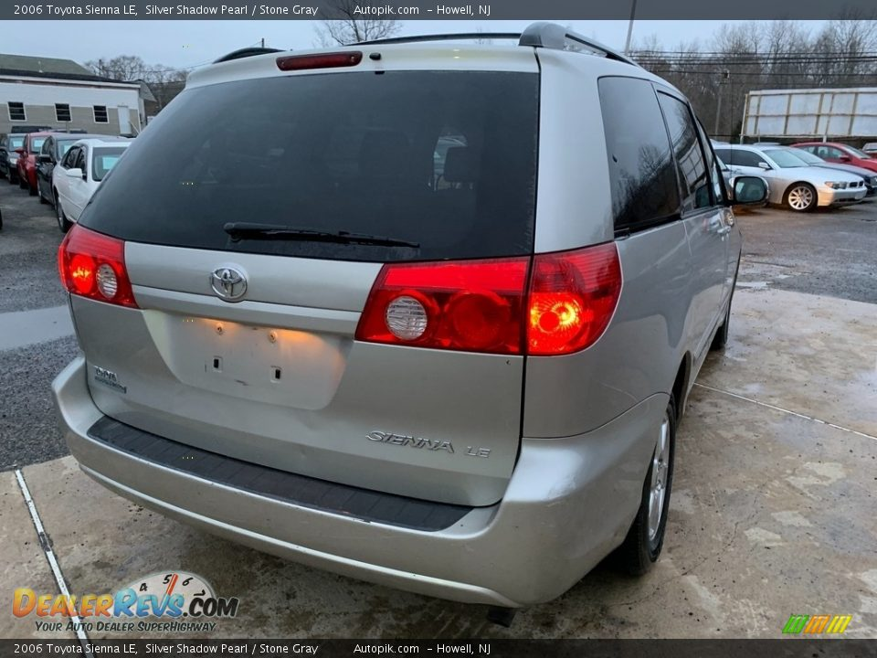 2006 Toyota Sienna LE Silver Shadow Pearl / Stone Gray Photo #7