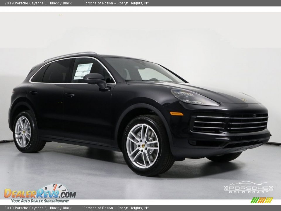 2019 Porsche Cayenne S Black / Black Photo #1