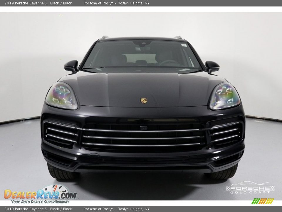 2019 Porsche Cayenne S Black / Black Photo #2