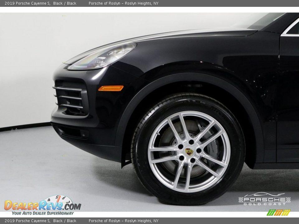 2019 Porsche Cayenne S Black / Black Photo #11