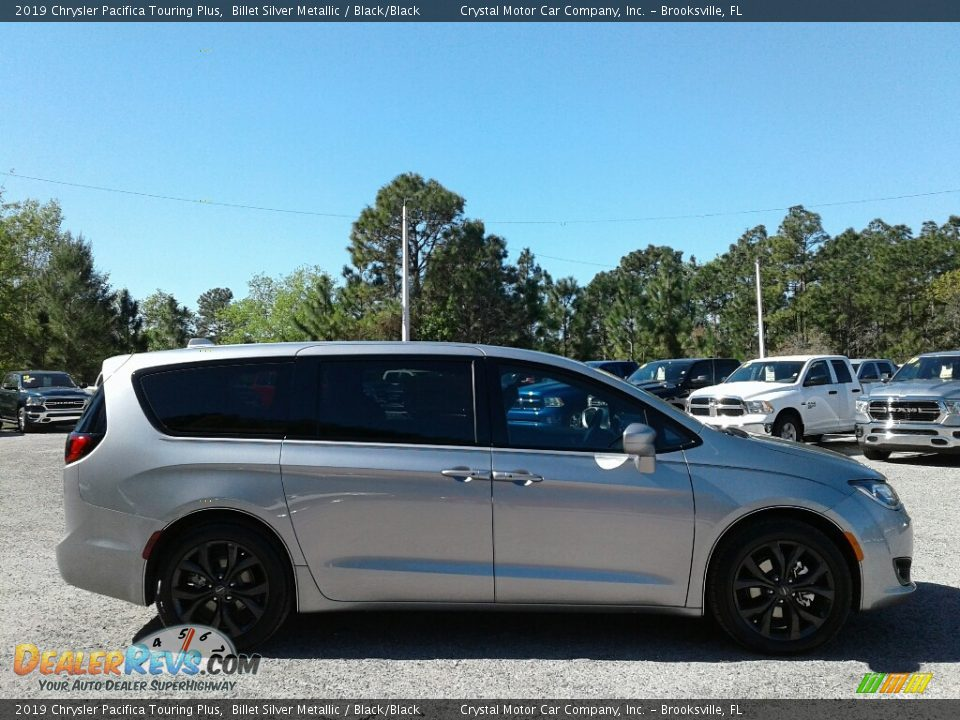 2019 Chrysler Pacifica Touring Plus Billet Silver Metallic / Black/Black Photo #6
