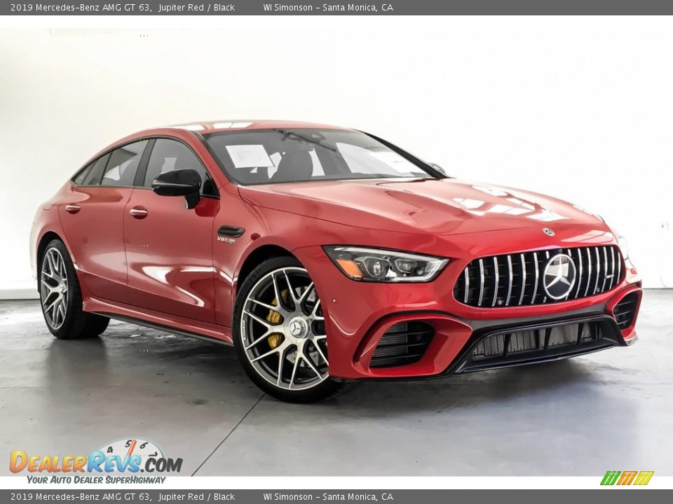 Front 3/4 View of 2019 Mercedes-Benz AMG GT 63 Photo #12