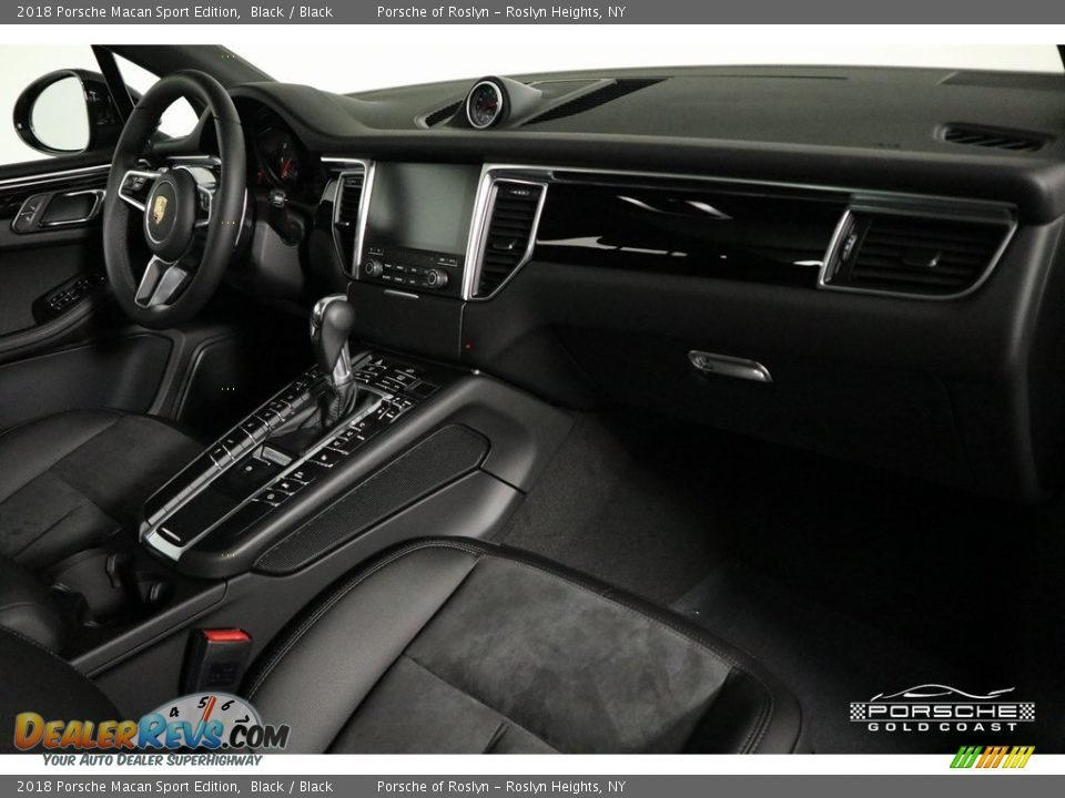 2018 Porsche Macan Sport Edition Black / Black Photo #23