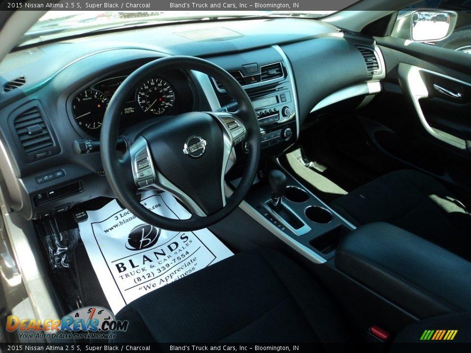 2015 Nissan Altima 2.5 S Super Black / Charcoal Photo #6