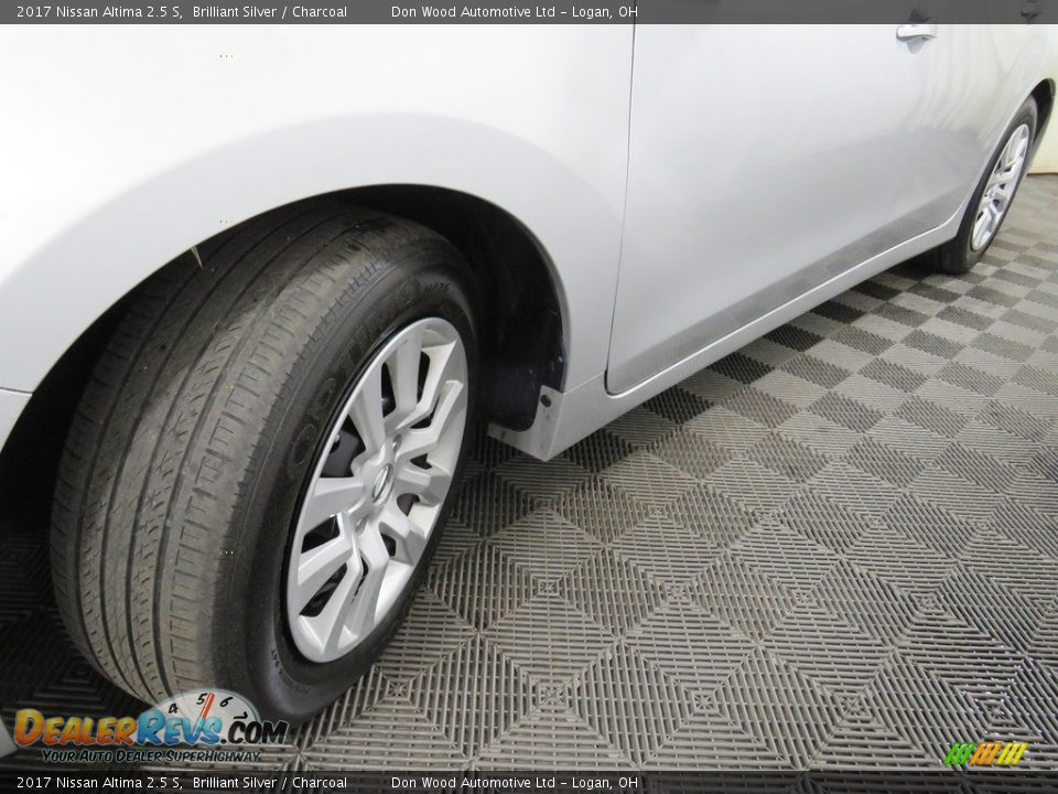 2017 Nissan Altima 2.5 S Brilliant Silver / Charcoal Photo #9