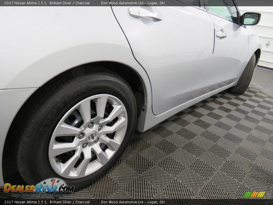 2017 Nissan Altima 2.5 S Brilliant Silver / Charcoal Photo #16