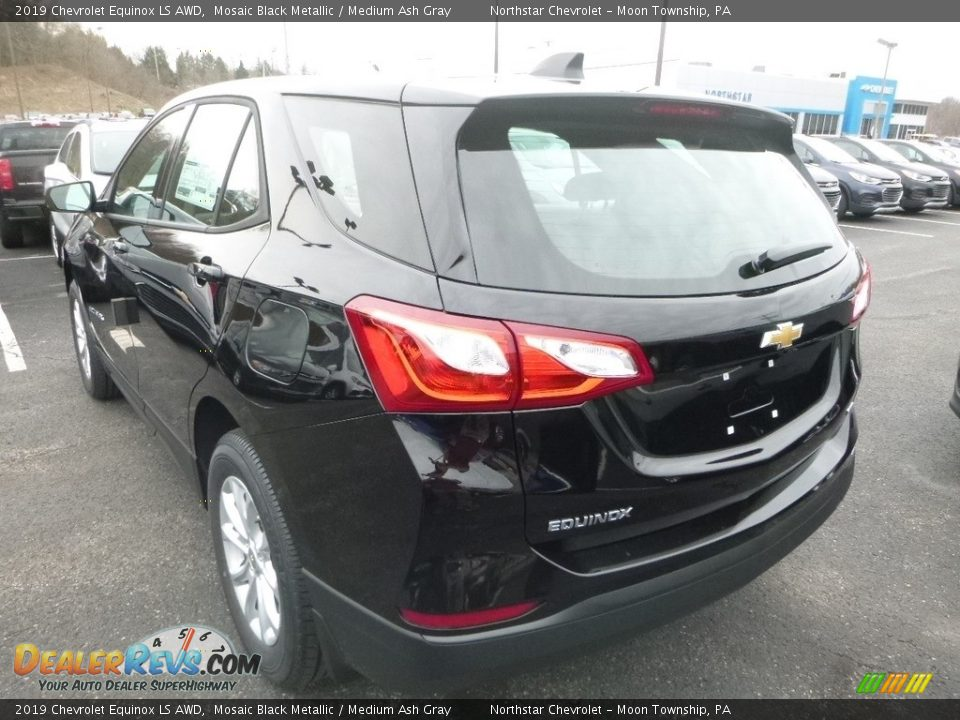 2019 Chevrolet Equinox LS AWD Mosaic Black Metallic / Medium Ash Gray Photo #4