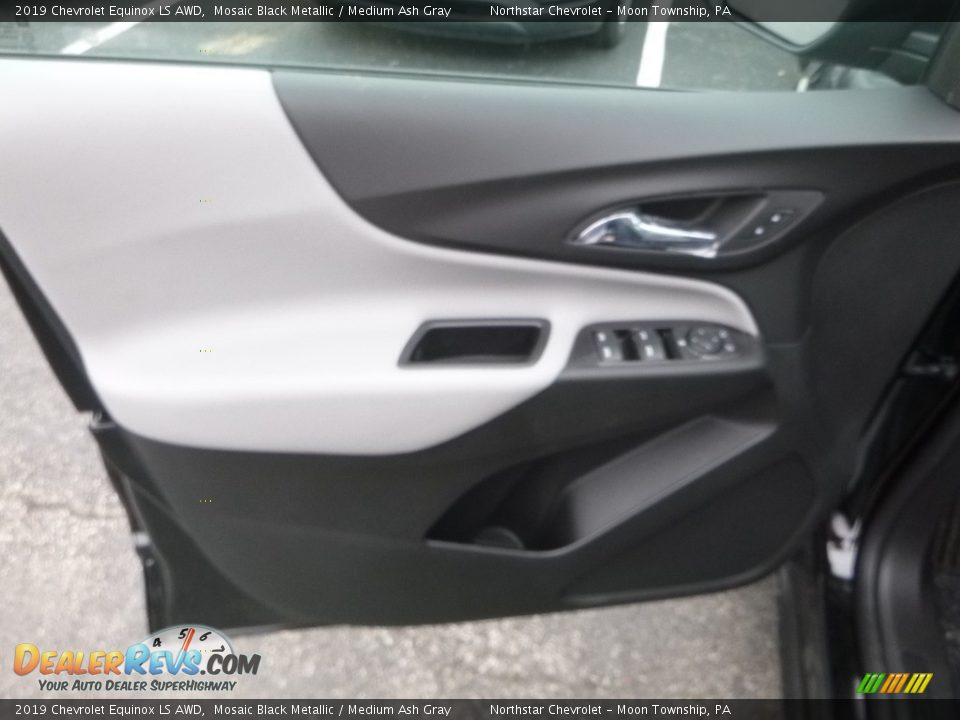 2019 Chevrolet Equinox LS AWD Mosaic Black Metallic / Medium Ash Gray Photo #16