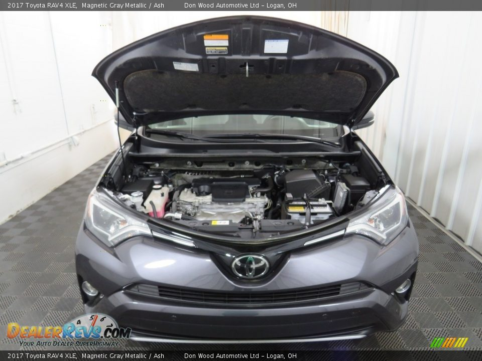 2017 Toyota RAV4 XLE Magnetic Gray Metallic / Ash Photo #8