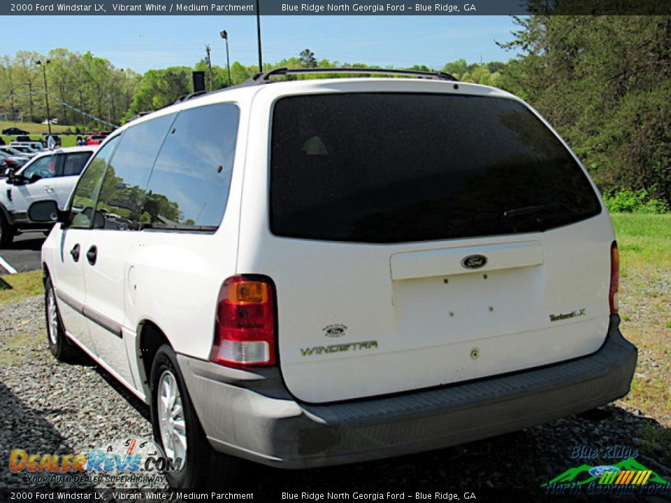 2000 Ford Windstar LX Vibrant White / Medium Parchment Photo #4